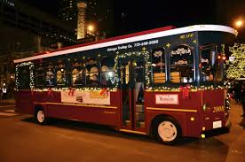 Chicago Trolley Christmas Lights Chicago Trolley Holiday Lights Tour Hilton Mom Voyage