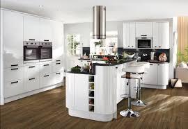 Glendevon Gloss White Contemporary Kitchen From Howdens Kitchens - White contemporary kitchen