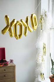 5806b ffde06d58a956e4e valentines balloons valentines day decorations