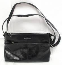 black leather giani bernini purse 0 85 lbs