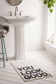 100+ Ridiculously Chic Home Gifts Under $50 | Bath mat, Urban ...