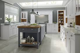 country kitchens. Modren Country Country Kitchen In Chalk White U0026 Castle Rock To Kitchens R