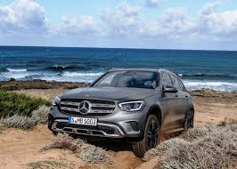 It is quite simple that will maneuver, and it offers a very good estimated stability status. 2021 Mercedes Glc Redesign Interior Changes Price Release Date Findtruecar Com