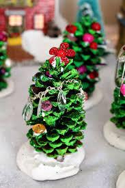 Wonderful DIY Mini Pine Cone Christmas TreePine Cone Christmas Tree Craft Project