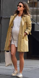Keri Russell Keri Russell Channels Parisian Chic In Her Latest Maternity
