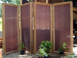 how to build a privacy screen for an outdoor hot tub