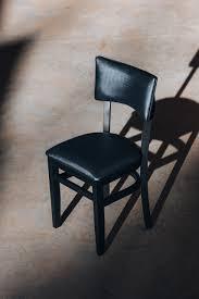 Kit com 08 cadeiras catrini rústica com estofado madeira de reflorestamento madeira pura com as melhores condições você encontra no site do magalu. A Cadeira Rustica Estofada Grecia E O Movel Que Nao Pode Faltar Em Seu Ambiente Social E Ou Comercial