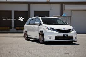2015 Toyota Sienna on PUR Wheels Looks Unexpectedly Sporty ...