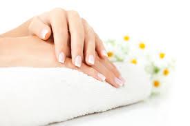 luxe nail salon now open on exchange