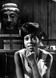 Abbey Lincoln, Bold and Introspective Jazz Singer, Dies at 80 - The New  York Times