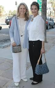 Lynda & Lindsey.... wonder woman and bionic woman after many many years |  Bionic woman, Lynda carter, Women