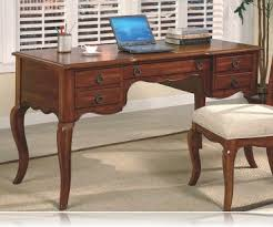 Elegant French Ladies Bureau Plat Writing Desk .