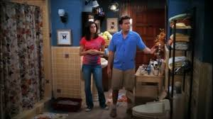 Attractive Two And A Half Men   Chelseau0027s Moving In [HD]