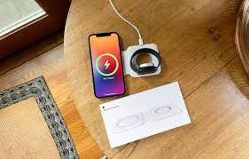 Apple xác nhận MagSafe Duo sẽ chỉ có thể sạc ở mức công suất tối đa 14W nếu  dùng với củ sạc 27W - Chuyển động Thị trường