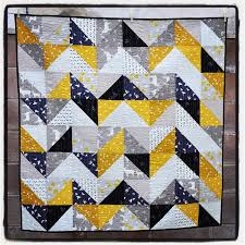 A SECOND HALF SQUARE TRIANGLE QUILT | Quilts From The Attic & A SECOND HALF SQUARE TRIANGLE QUILT Adamdwight.com