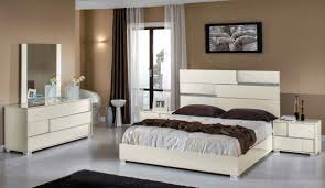 Italian Bedroom Set modrest ancona italian modern beige bedroom set sbj furniture 4329 by guidejewelry.us