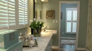 Stunning Hgtv Bathroom Makeover Pictures Cleocinus Cleocinus - Bathroom makeover
