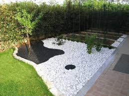 Idee Per Abbellire Il Giardino : Arredo giardino creativo arredamento da idee di riciclo
