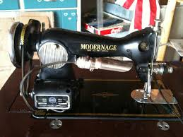 Modernage Precision Deluxe Sewing Machine