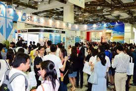 What Happens At A Job Fair St Career Fair Draws 52 000 Over Two Days Singapore News Top