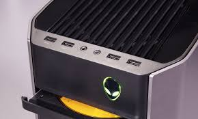 Alienware Aurora Yellow Light Alienware Aurora R5 Review Awesomely Upgradable Toms Guide