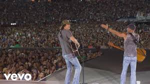Kenny Chesney Mohegan Sun Seating Chart Country Superstars Kenny Chesney And David Lee Murphy Play