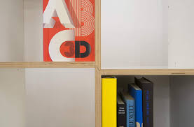 Livendor Oslo Bücherregal Aus 8 Regalwürfeln Und 4 Seitenteilen In Weiß Beschichtetem Holz