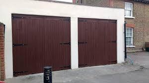 traditional timber garage doors in sutton surrey