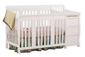the portofino 4 in 1 convertible crib converts from a full size crib to a toddler bed a daybed and full size bed it has an adjule three position