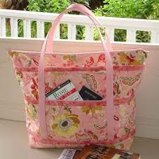 Best 25+ Quilted tote bags ideas on Pinterest | Diy bags tutorial ... & DIY Cupcake Holders. Tote PatternFree Tote Bag PatternsQuilted ... Adamdwight.com
