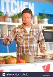 Jamie Oliver Una Demostración De Cocina En La Cocina Grande En El