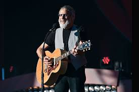 Top Picks: <b>Cat Stevens</b>' 'The <b>Laughing</b> Apple,' 'The Simple Faith of ...