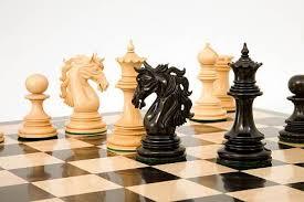 Resultado de imagem para jogo de xadrez