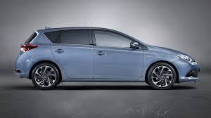 Canada Autocar: 2015 Toyota Auris 1.2 Turbo 5dr manual Specs ...