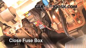 interior fuse box location 2006 2010 ford explorer 2006 ford diagrama de fusibles de ford explorer 2002 at Ford Explorer 2006 Fuse Box Inside