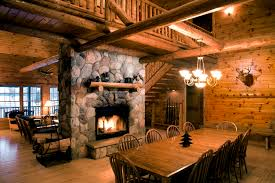 Decorations:Mesmerizing Cabin For Hunting Room With Wood Log Ceiling And Rustic  Furniture Dog Trot