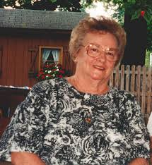 Helen L. Simons Obituary - Warren, Ohio , Carl W Hall Funeral Service Inc |  Tribute Archive