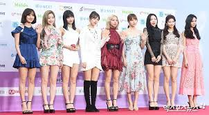 Gaon Chart Music Awards Live Stream Twices Red Carpet Outfit On 8th Gaon Chart Music Award