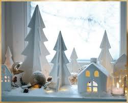 Eine Festlich Dekorierte Fensterbank Darf Ein Weihnachten