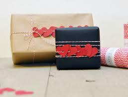 Valentine's Day heart garland gift wrap