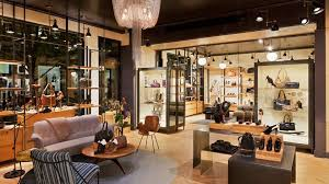 Leading Edge: 5 Retail Designs That Visually Entertain