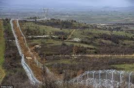 Αποτέλεσμα εικόνας για Συρμάτινος αγκαθωτός φράχτης