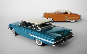 American Icons 1:43 Collection: 1960 Chevrolet Impala 4 Door Sport ...