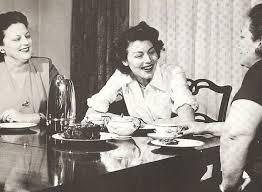 Ava enjoys a nice breakfast with her sisters Myra and Inez. | Ava gardner,  Ava gardner museum, Old hollywood stars