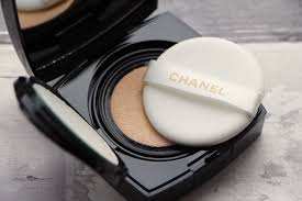 Foundation Review Chanel Les Beiges Gel Touch Cushion A