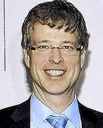 DREI FRAGEN an <b>Gerhard Eberl</b>, Leiter der Musikschule. - 72706408