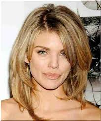 účesy Střední Vlasy Photo Lady Citytile