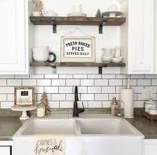 kitchen. Cottage/Country Kitchen Design