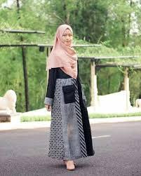 Baju gamis couple 2020 batik brokat mahkota. 12 Inspirasi Model Gamis Batik Kombinasi Gotomalls