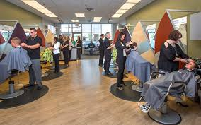 customer getting haircut
